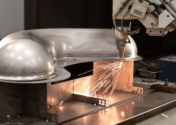 welding a part at UHI